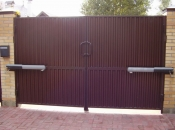 Распашные въездные ворота